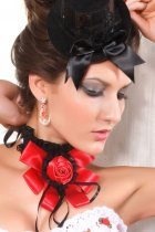 Red Queen Lace Gothic False Collar