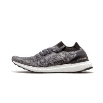 Adi UltraBOOST Uncaged M BB3900