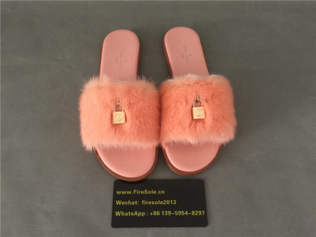 Authentic LV Slipper
