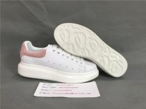 Authentic Alexander MQueen Sneaker  White / pink