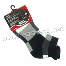 1 pair of Guoqiu Woman Sports Socks