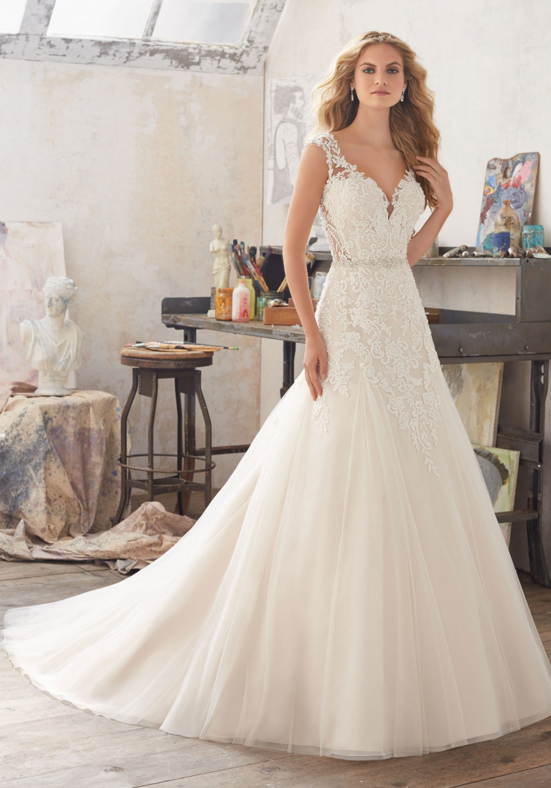 66876eec639 Latest Exquisite Wedding Dress of Bride Open Back Design with Beaded Lace  Appliques Court Train Item NO  ML055