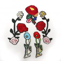 New Arrival 1PCS  Red Flowers  DIY handmade Embroidered patches Iron On Cartoon Brooch Applique Embroidery Accessory