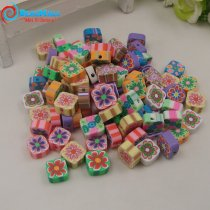 New 100 Pcs Clay Canes Charms Beads Mixed Color and have holes Fimo Polymer Clay Animal /Flower DIY Nail art and Phone Slices