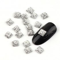 About 100pcs 6mm Nail Arts Tip Deshin Silver Resin Square Shape