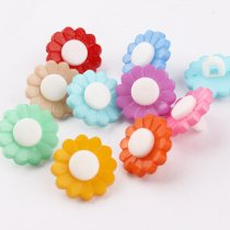 100 pcs 15mm Mixed color round plastic Sun Flower Buttons DIY Decoration