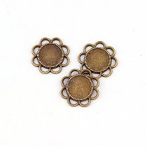 New Fashion 5pcs 14mm Egg Flower Inner Size Antique Bronze Round Cameo Cabochon Base Setting Charms Pendan