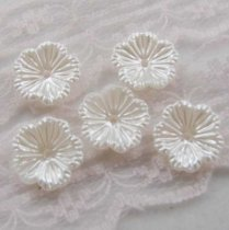 1000Pcs  13*13mm ABS Artificial Flowers  Pearl Cobochon