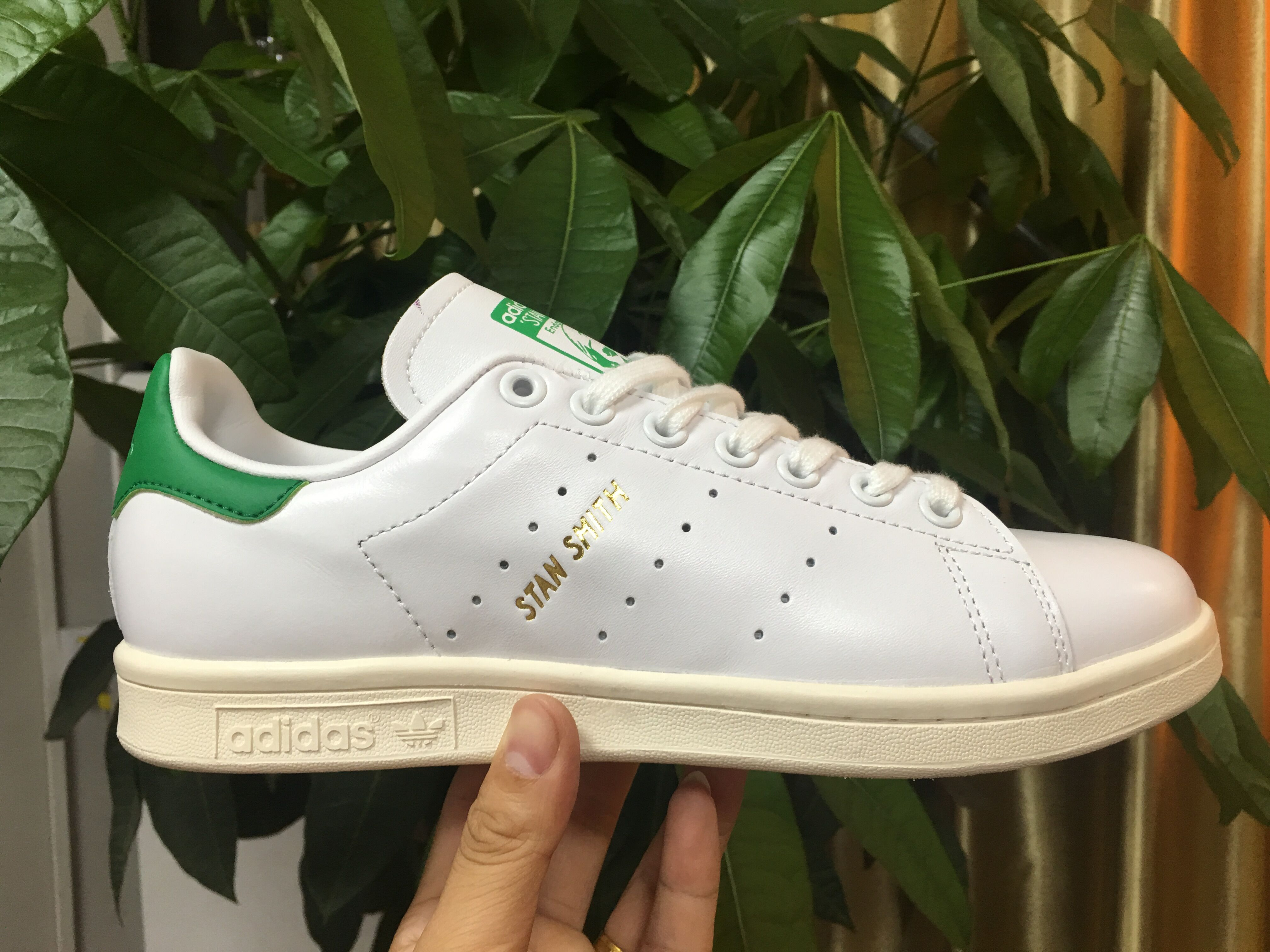 Adidas STAN SMITH S75074 35-44 Item NO: 286721