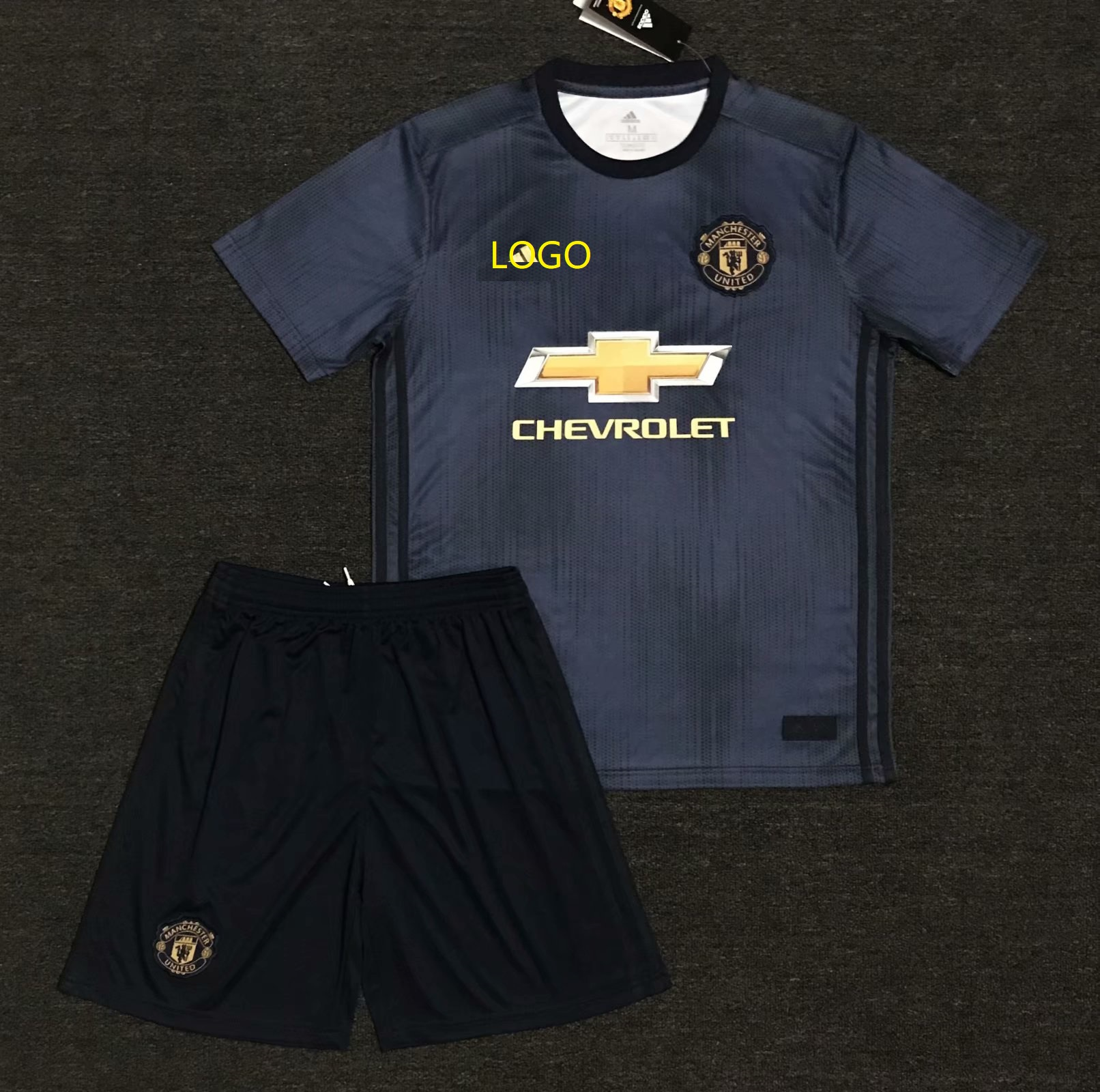 18 19 Cheap Adult Manchester United Away Soccer Jersey Uniform Men Football  Jersey Kits Item NO  521484 1c9506639