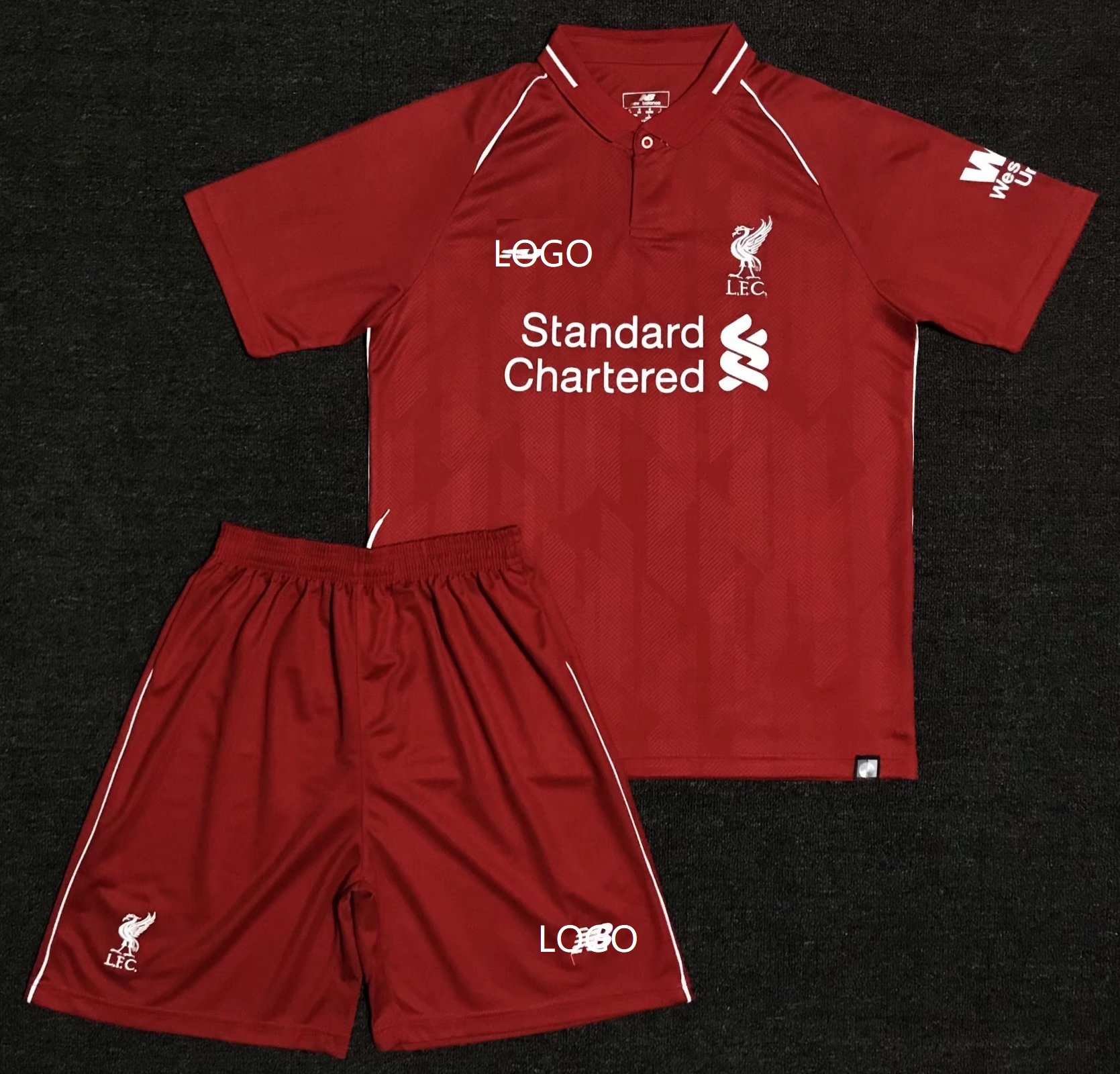be55fc19c04 2018 19 Kids Liverpool Red Home With Brand Logo Soccer Kits Children  Football Uniform