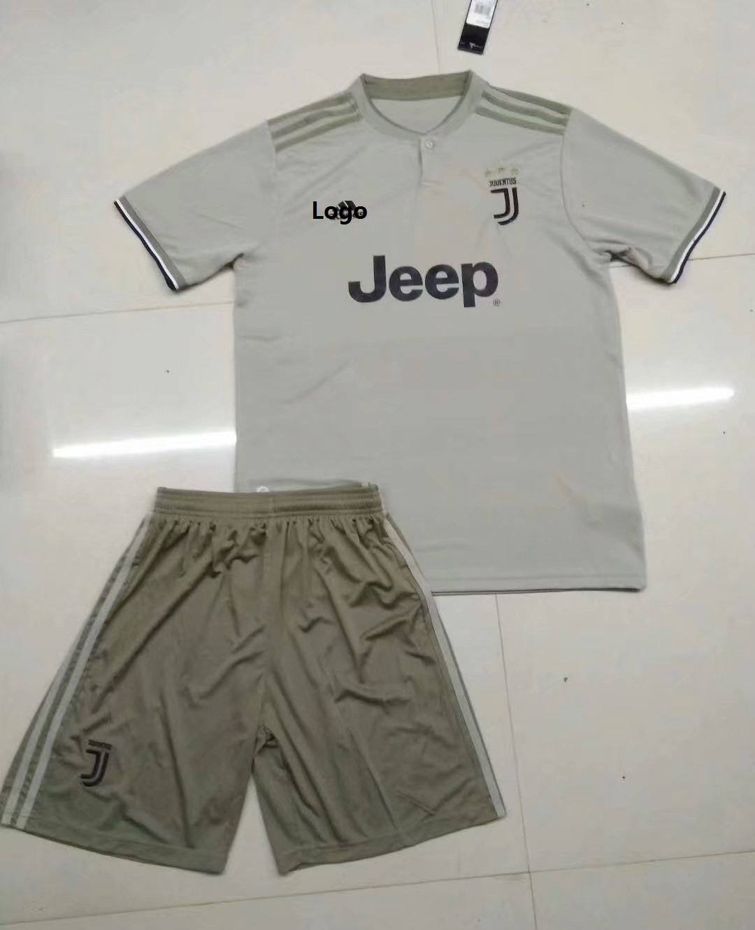 a365c105e 2018/19 AAA Men Grey Juventus Away Soccer Uniform Adult Football Kits Item  NO: 549109