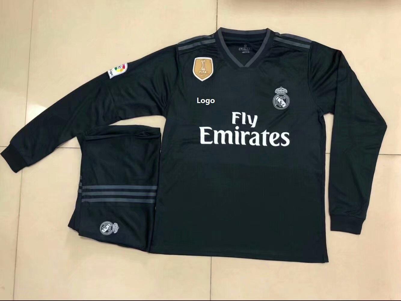 260ea5bbdb9 18 19 Adult Real Madrid Black Long Sleeve Soccer Jerseys Winter Sport  Training Football Uniforms