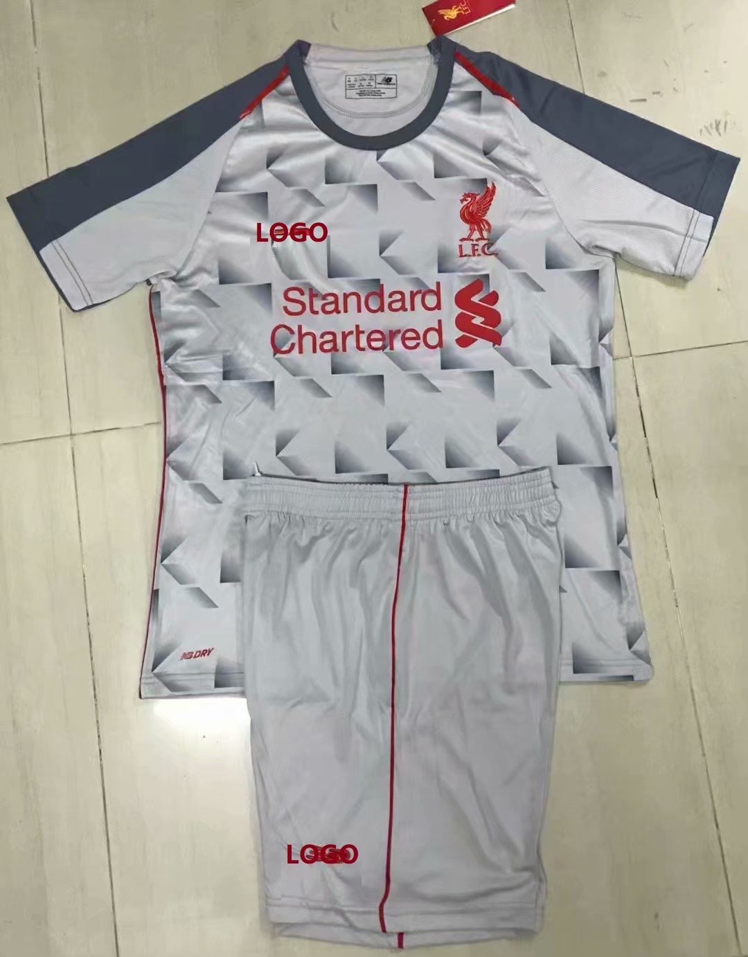 6fc2f3d3 2018/19 AAA Men liverpool third away Soccer Jersey Uniform Adult Football  Kits Custom Name Number