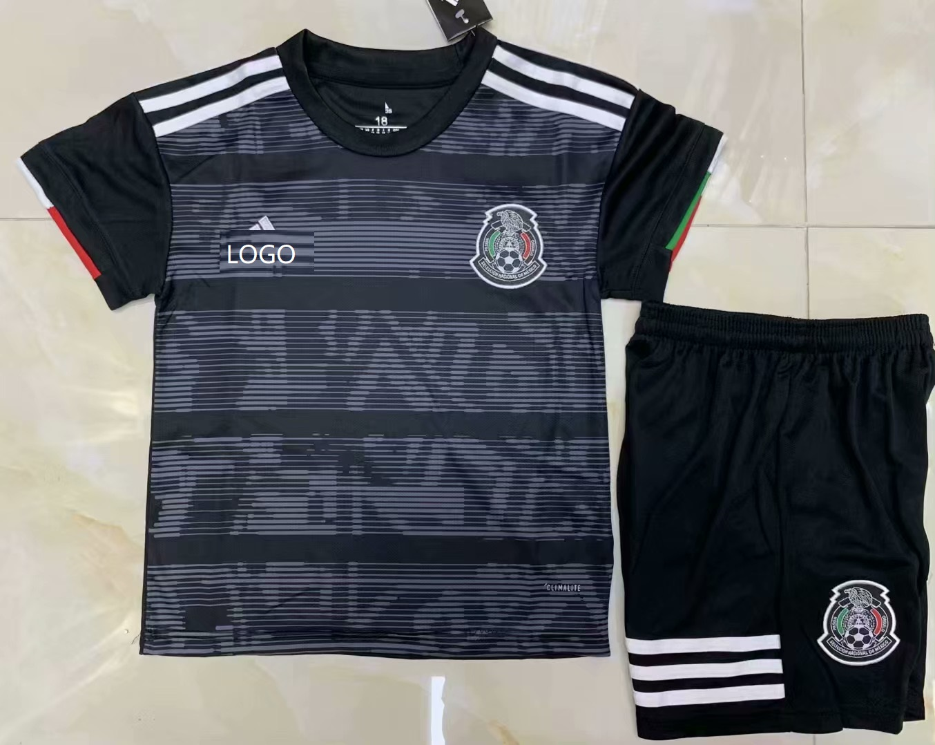 e8d059382 2019/20 AAA Quality Mexico balck Childen Soccer uniforms Mexico customize  name number