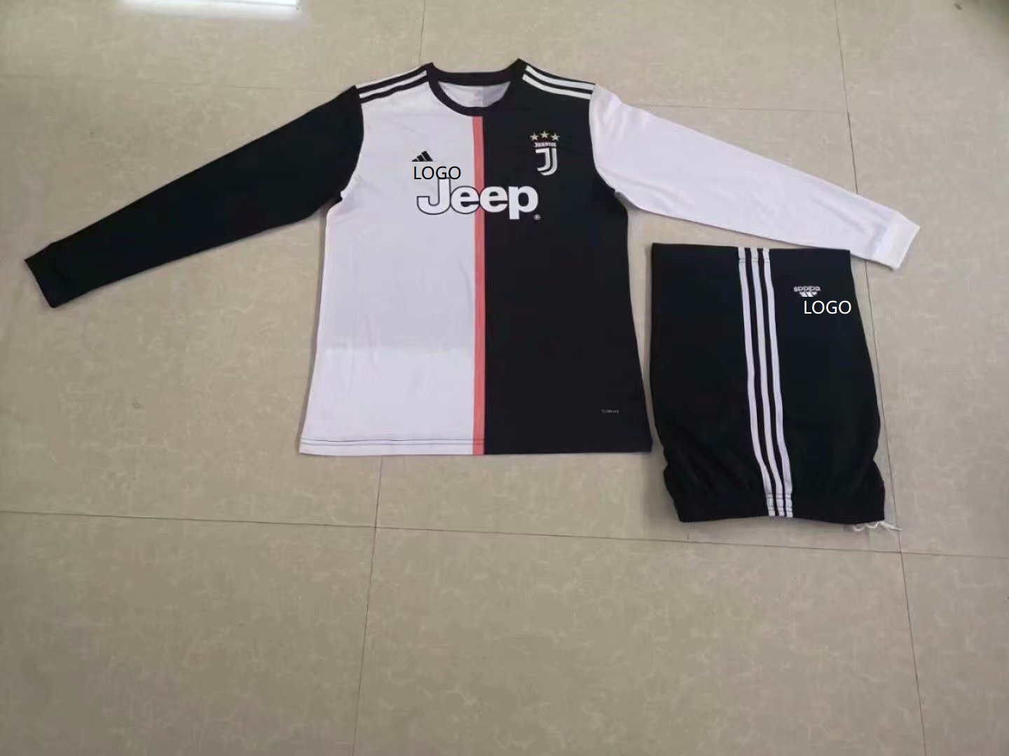 33f78ccc401 2019/20 AAA Quality Men juventus Home long sleeve Soccer jersey Item NO:  444528