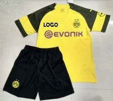 18/19 Cheap Wholesale Adult Borussia Dortmund Home Soccer Jersey Uniform Custom Name And Number