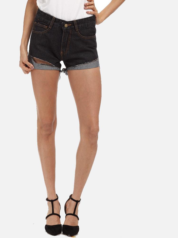 437bf8cc055 US  28 - Plus Size Tassels Trim Rolled Up Detail Mid-Rise Denim Shorts -  www.onebling.com