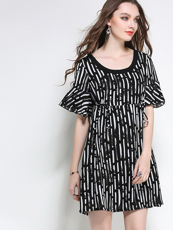03179623750 US  60 - Plus Size Fluted Sleeve Textured Striped Smock Dress with  Drawstring Detail - www.onebling.com