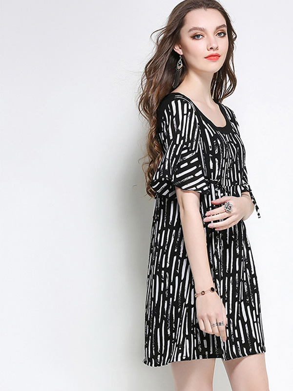 21df16d630a US  60 - Plus Size Fluted Sleeve Textured Striped Smock Dress with Drawstring  Detail - www.onebling.com