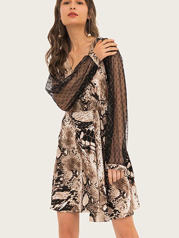 279ee84f053ad US$ 36 - V Neck Skater Dress with Floral Mesh Sleeve In Snake -  www.onebling.com