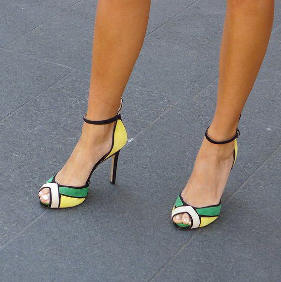 a68d6c495ba US  49 - Arden Furtado 2019 summer high heels stilettos peep toe sexy ankle  strap women s shoes party shoes - www.ardenfurtado.com
