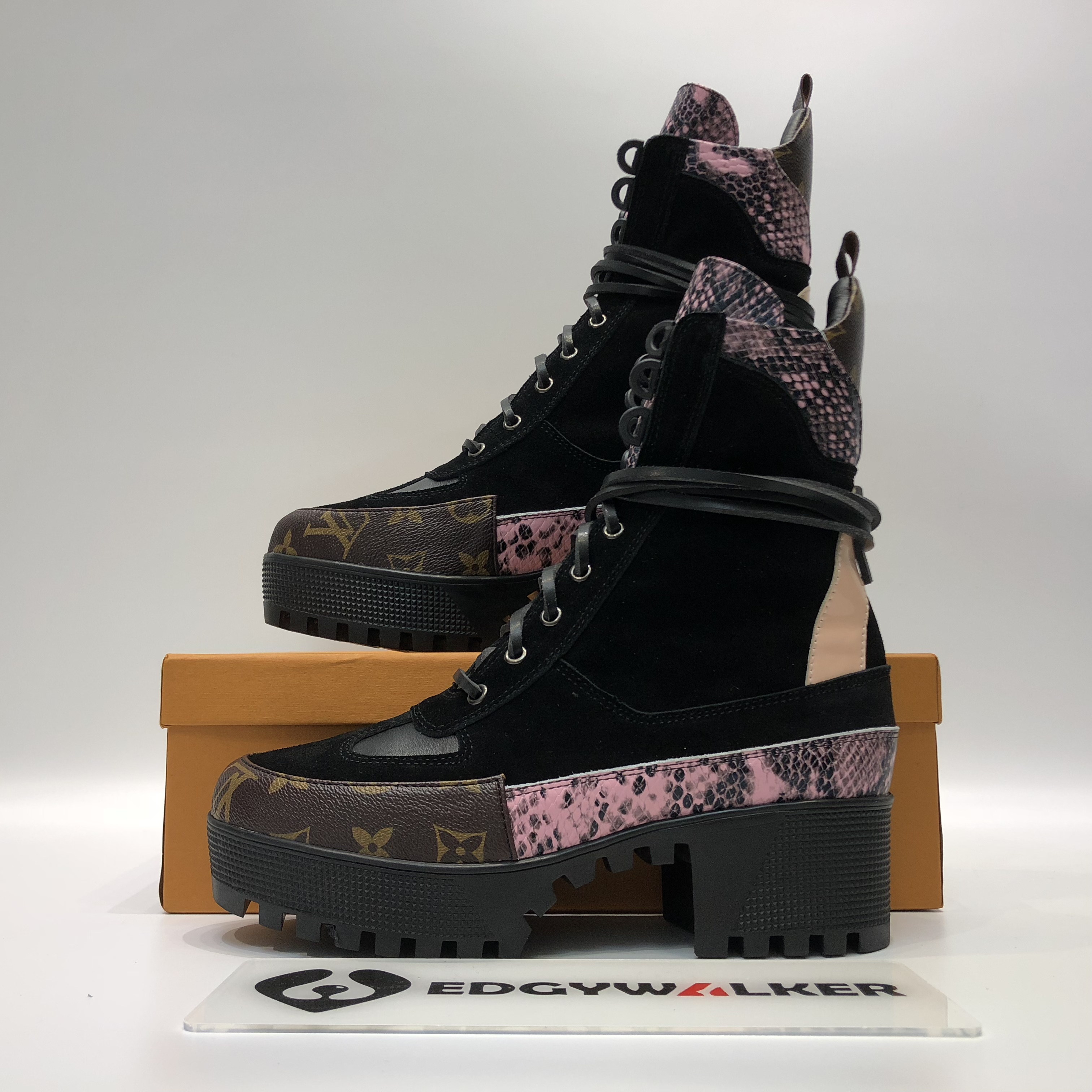 f2dc27a5e18a US  150 - LVBOT27 LV LIMITLESS ANKLE BOOT - www.edgywalker.net