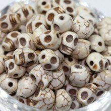 100PCS White Turquoise Carved Skull Head Howlite Spacer Loose Beads 10mm