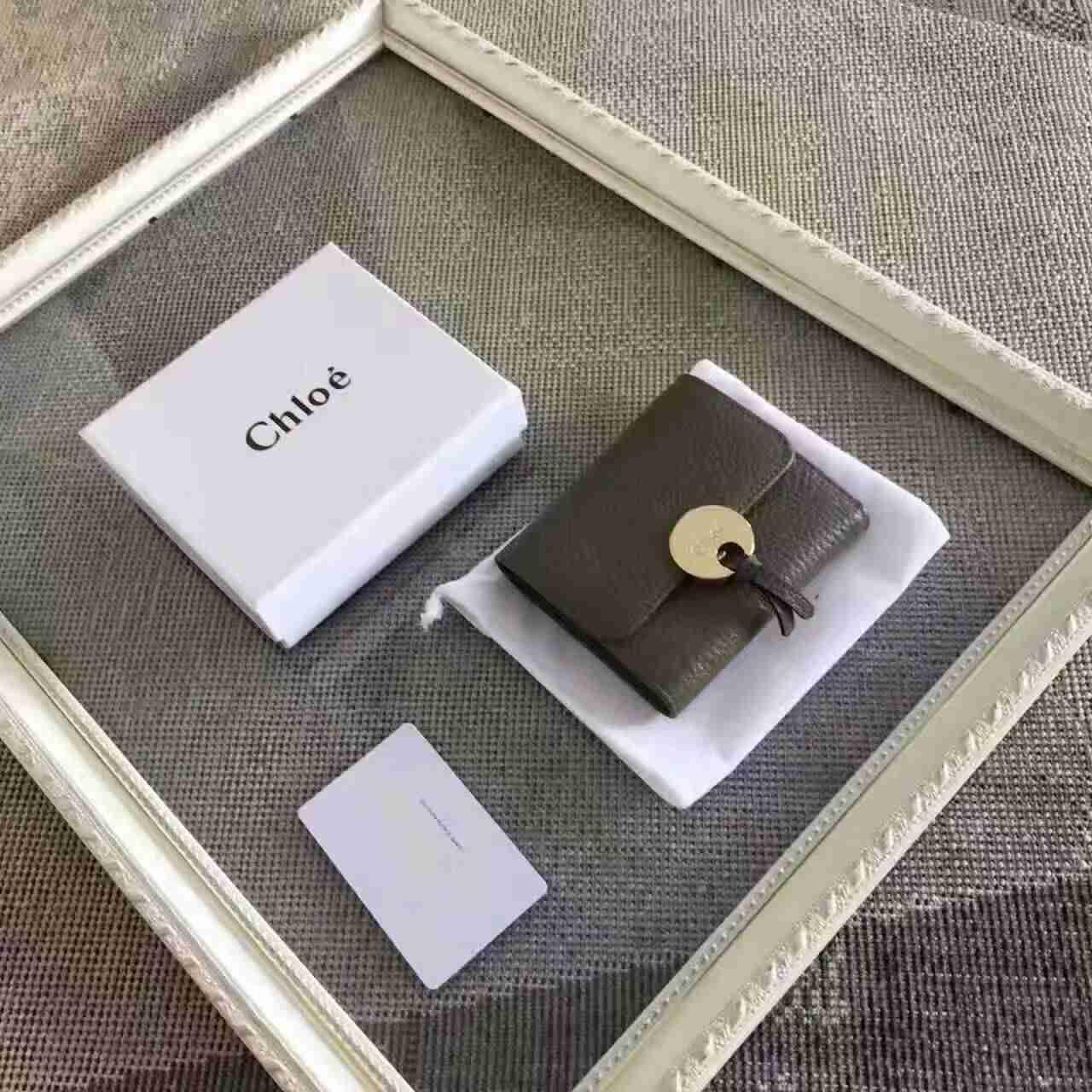 buy popular ae94f dd824 2017新作 クロエコピー 財布 CHLOE 優雅な シンプル レディース 三つ折財布 161124CE-5