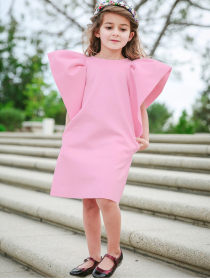 Flying sleeve dress in pure color