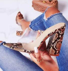 Transparent film pointed thick heel outside wearing sandals