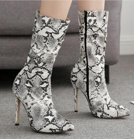 Sexy Serpentine Wrinkled Slender High-heeled Mid-barrel Boots