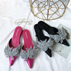 Slippers, Satin flat-soled slippers