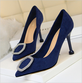 Korean version banquet women's shoes with fine heels, high heels, suede surface, shallow mouth, sharp sexy appearance, thin metal drill buckle single shoes