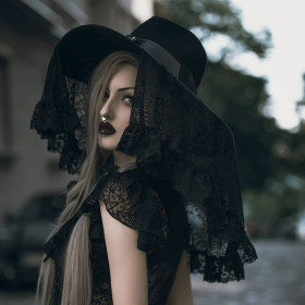 Hat of a sunshade party with dark palace and windy eaves, wavy wide-brimmed woolen lace veil hat for ladies