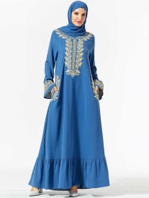 Demure Middle East dress embroidered pocket speaker sleeve large Muslim dress (excluding headscarf)
