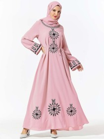 Comfortable, dignified, large size women's fashion, embroidery, leisure and large arrayed Arabian dress (excluding headscarf)