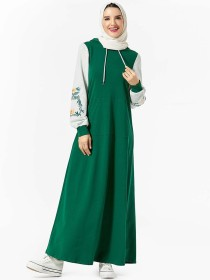 Fashion Middle East hooded pocket plant embroidered Muslim dress (excluding headscarf)
