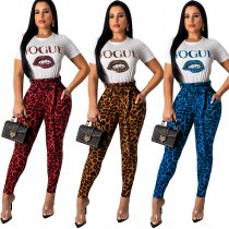 Leopard print trousers suit with short sleeve T-shirt printed with lip letters