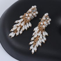 Large brand earrings with alloy diamond crystal earrings women's simple pearl Tassel Earrings