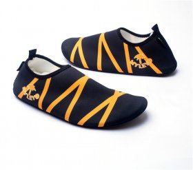 Wading shoes Lovers beach shoes Swimming shoes