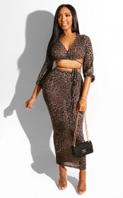 Two sets of leopard print chest-wrapped deep V-tie waist skirt