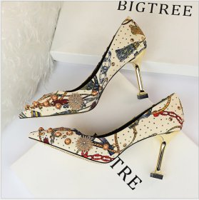 Women's slim-heeled, high-heeled, shallow-cut, pointed, fancy silk, satin, water-drilled, metal-trimmed single shoes