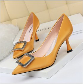 Fashion Professional OL High-heeled Wine Cup with Silk Satin Shallow Point Metal Water Drill Button Women's Single Shoes