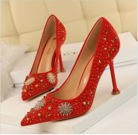 High-heeled suede, shallow, pointed diamond, metal decoration, diamond, sexy nightclub shoes