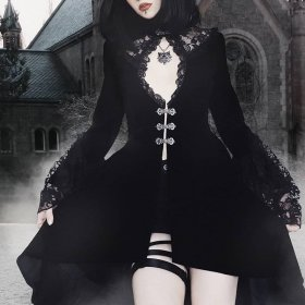 French dark court style retro autumn and winter dress Gothic elegant lace long sleeve Lantern Sleeve Dress