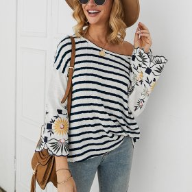 Fashion element embroidered stripe T-shirt