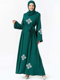 Middle East women's fashion embroidered belt big swing Muslim leisure dress (excluding headscarf)