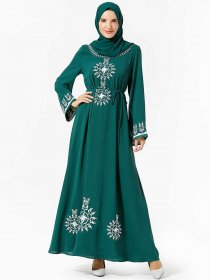 Comfortable Arab women's fashion embroidered belt Muslim dress (excluding headscarf)