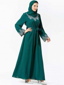 Fashionable and comfortable Arab women's embroidered belt Muslim long skirt (excluding headscarf)